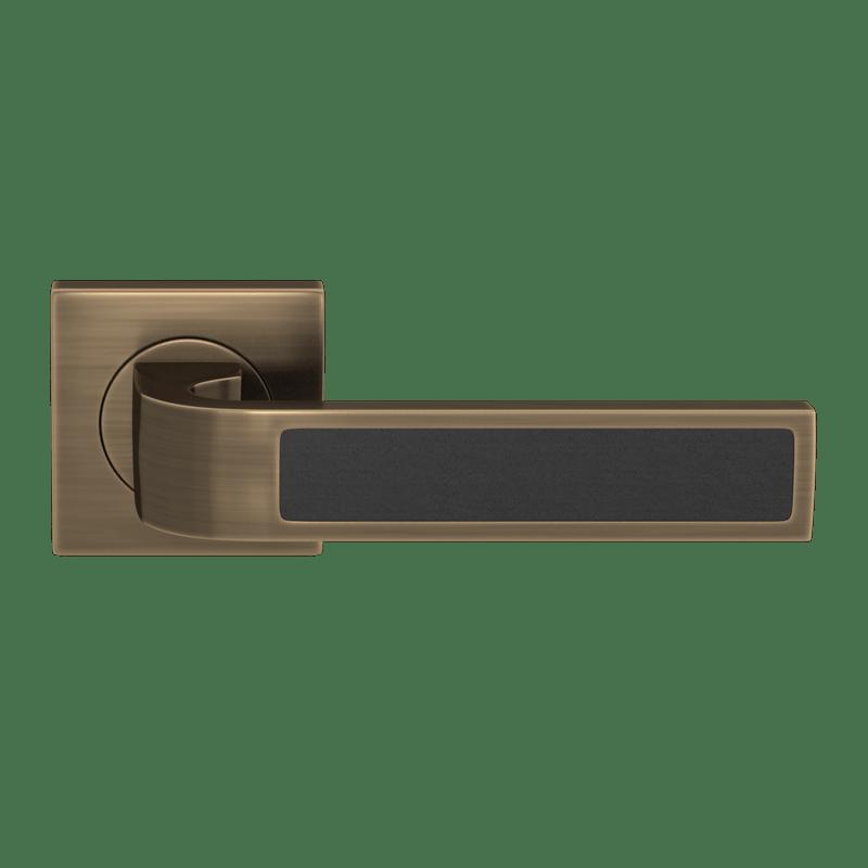 Ski-Recess-Leather handle
