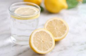 7 Benefits Of Lemon Water: Vitamin C, Weight Loss, Skin, and More
